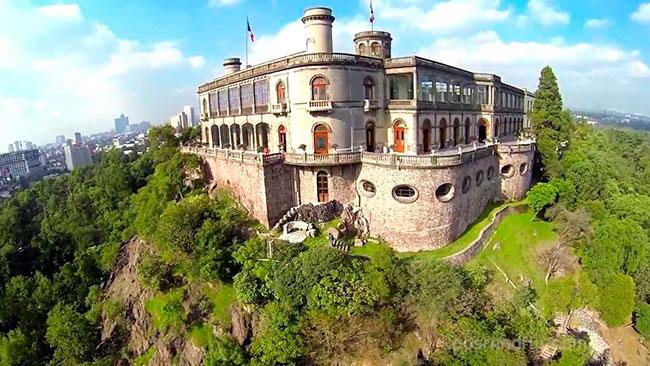 Castillo de Chapultepec, último hogar de Maximiliano de Habsburgo y su esposa Carlota.