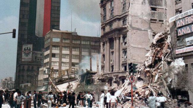 Terremoto de 8.1 grados en la escala de Richter en la Ciudad de México