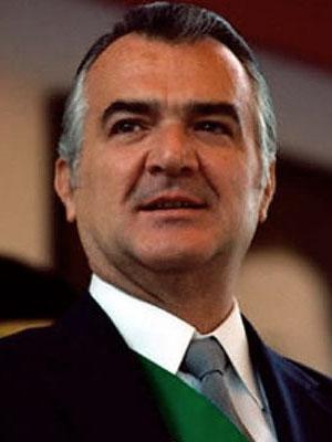 Miguel de la Madrid Hurtado (57 vo. Presidente de México)