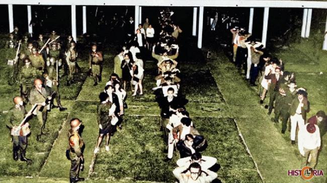 La Ciudad Universitaria de la UNAM de México es tomada por el Ejército (1968)
